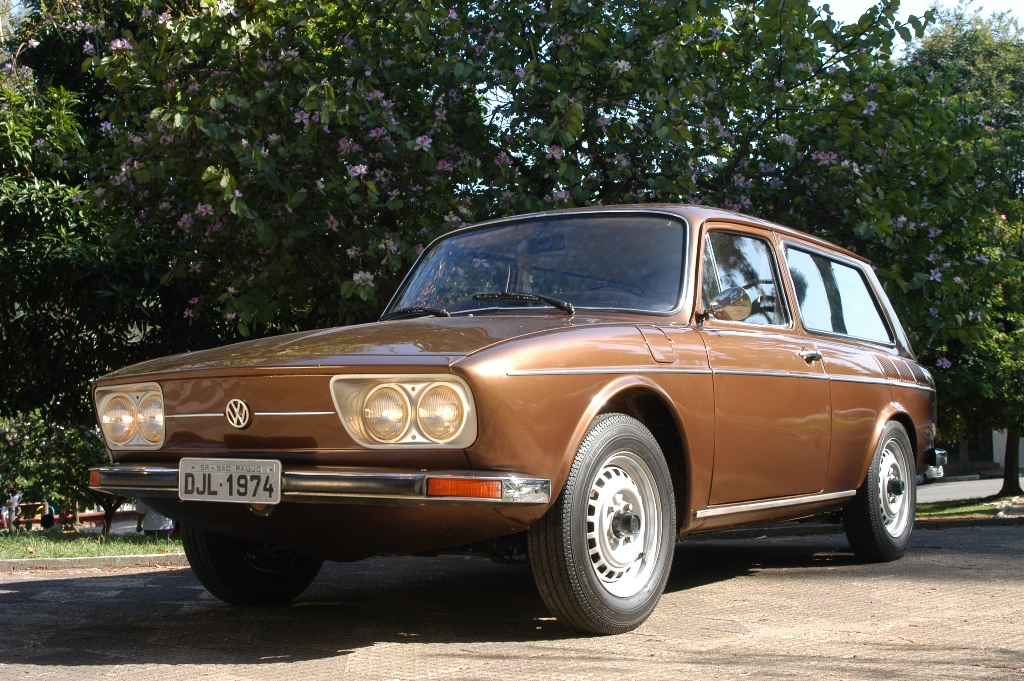 VW Variant station wagon apelidada de perua