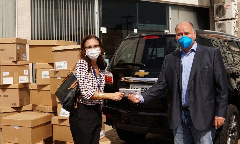 GM empresta cilindros de oxigênio e faz doações