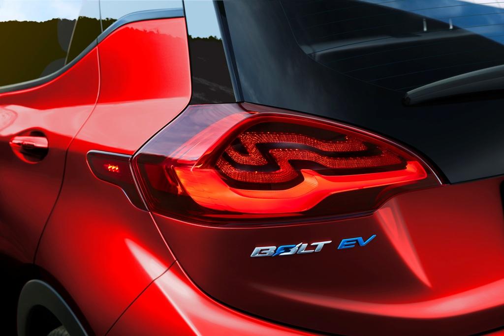 Chevrolet amplia número de concessionárias que vedem carro elétrico Bolt