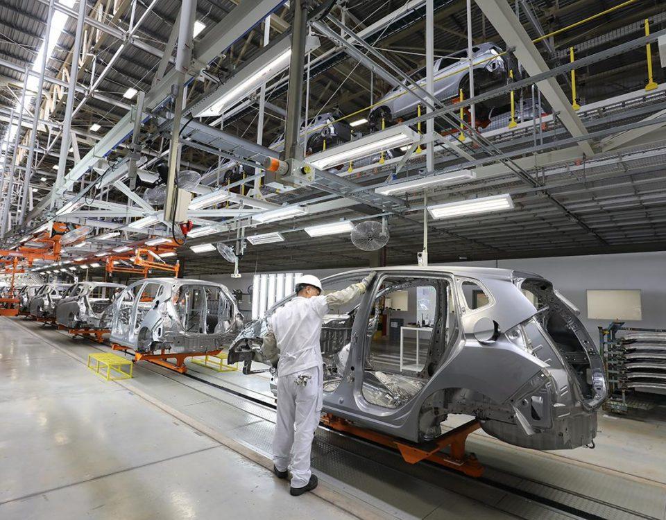 Produção de veículos cai 99% no mês de abril por causa da pandemia