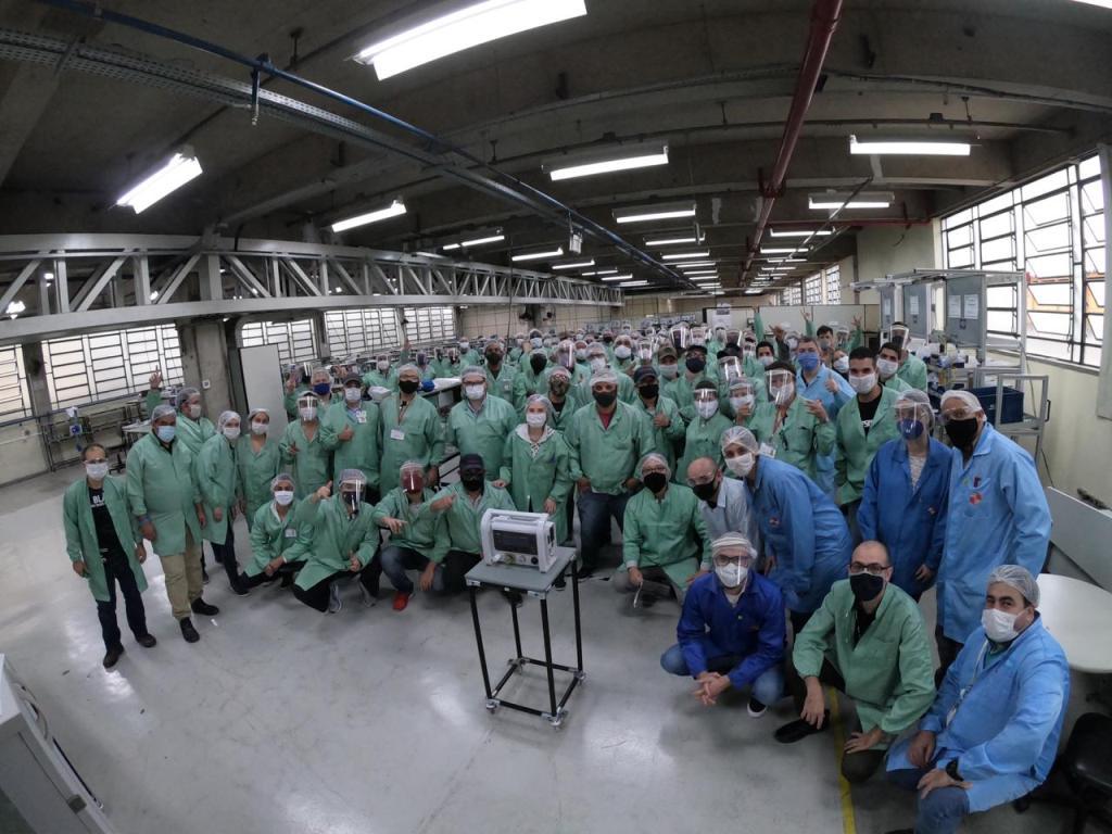 Mercedes-Benz expande atuação e auxilia na fabricação de respiradores