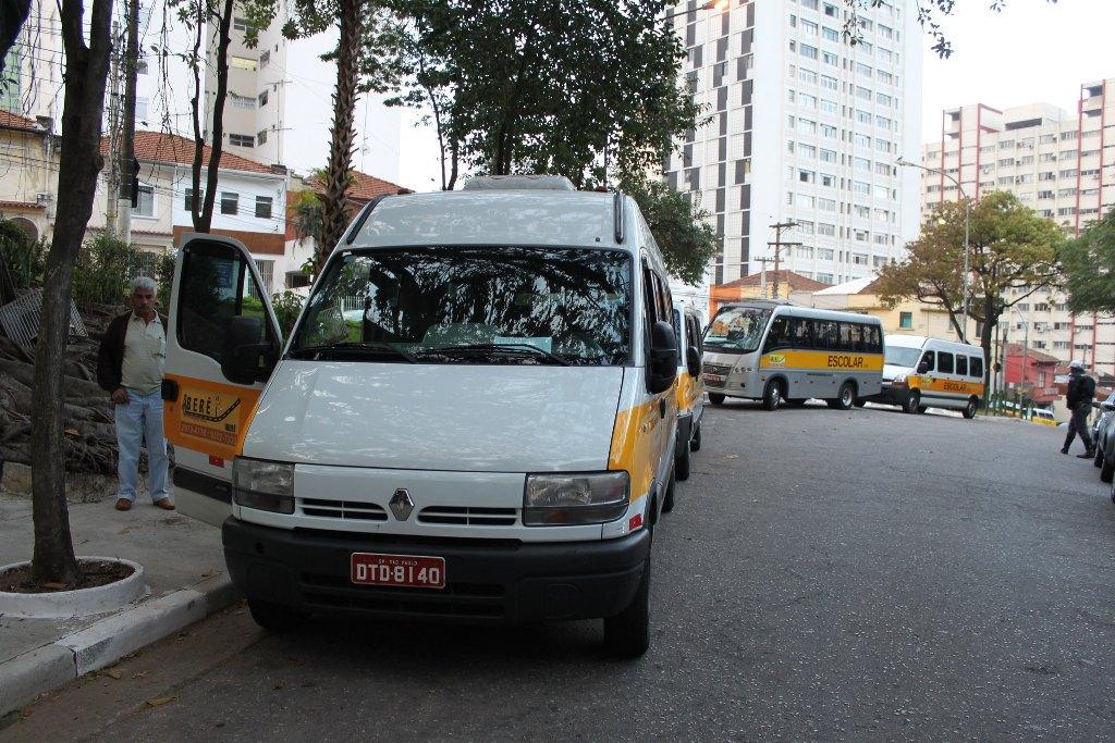 DetranSP não vai cobrar a taxa de vistoria do transporte escolar