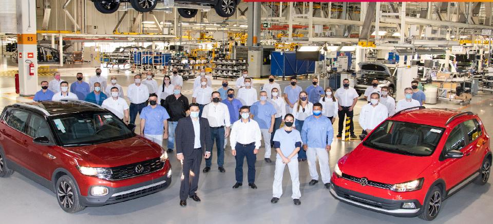 VW produz 200 mil T-Cross e encerra a produção do Fox