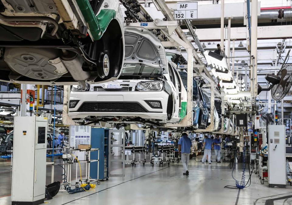 Volkswagen faz acordo para preservar empregos