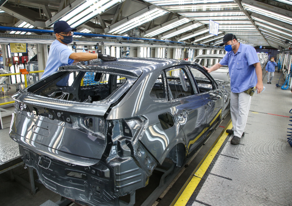 Produção de veículos continua em alta