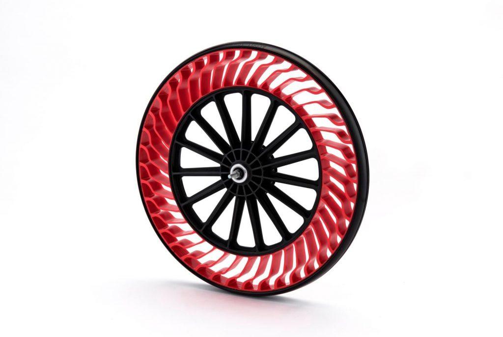Você sabe por que o pneu é preto?