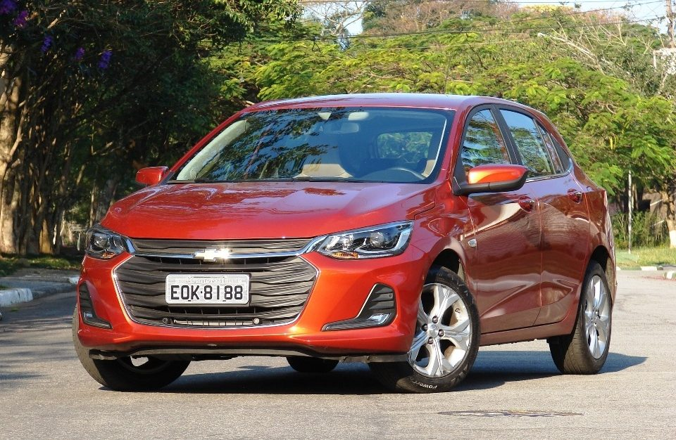 Avaliação: Chevrolet Onix hatch Premier 2021