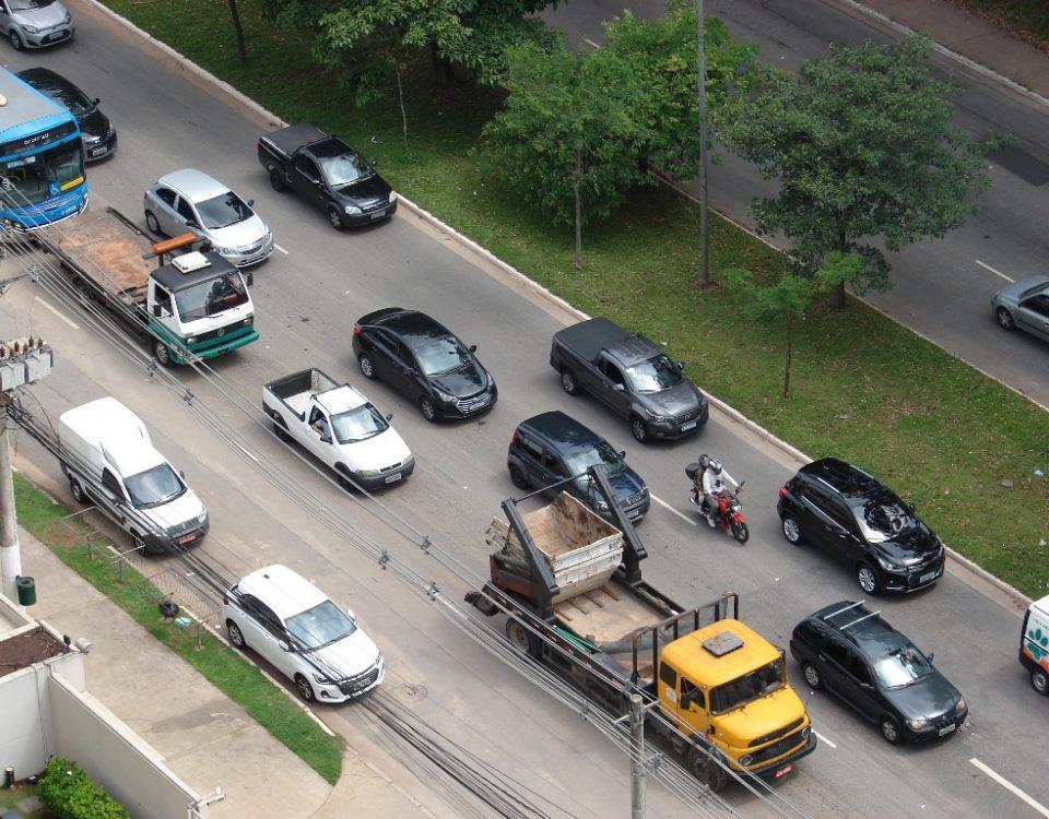 Taxa de licenciamento de veículo usado em São Paulo é de R$ 98,91 em 2021