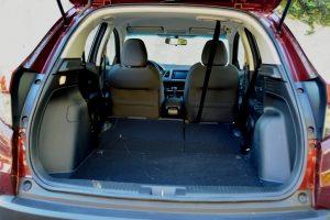 Avaliação: Honda HR-V EX 1.8 CVT/ Porta-malas