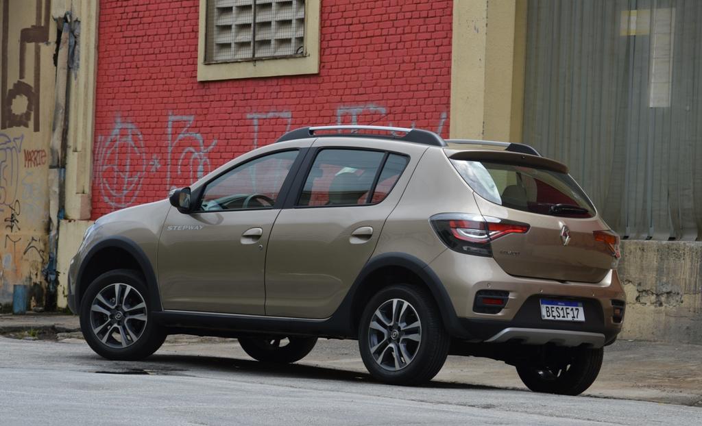 Avaliação: Renault Stepway 2021