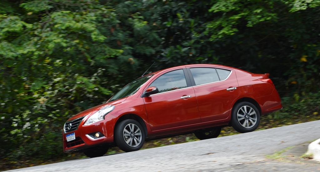 Avaliação: Nissan Versa V-Drive 1.6 Premium CVT 2021