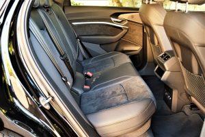 Avaliação: SUV elétrico Audi e-tron, interior sofisticado e futurista