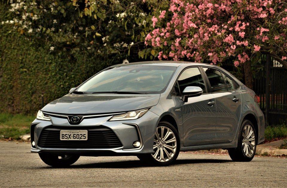 Avaliação: Toyota Corolla Altis Hibrido Flex