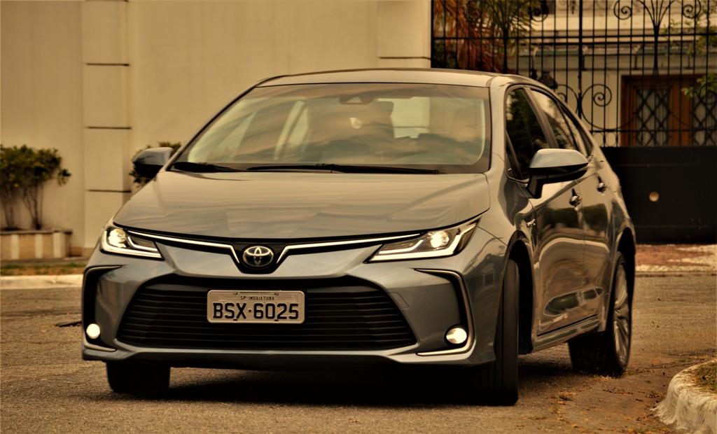 Avaliação: Toyota Corolla Altis Hibrido Flex/Impressões ao dirigir