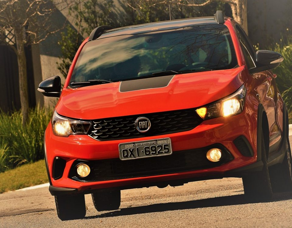 Avaliação: Fiat Argo Trekking 1.8 câmbio automático