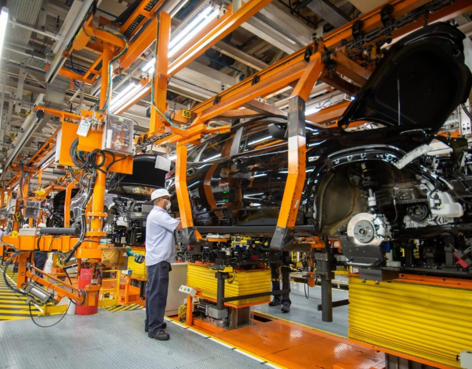 Produção de veículos caiu em setembro