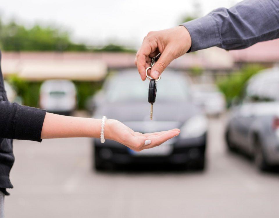 Como comprar um carro seminovo ou usado sem sair de casa
