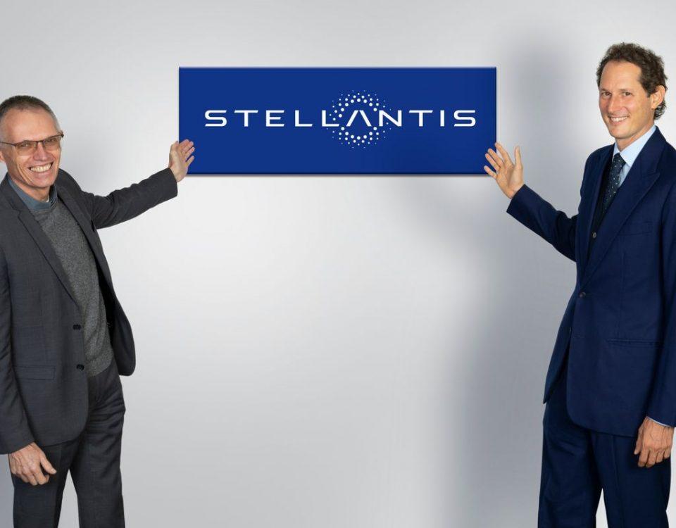 Nasce a fabricante de automóveis Stellantis