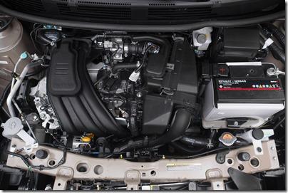 Nissan Novo Versa 1.0 S (19)