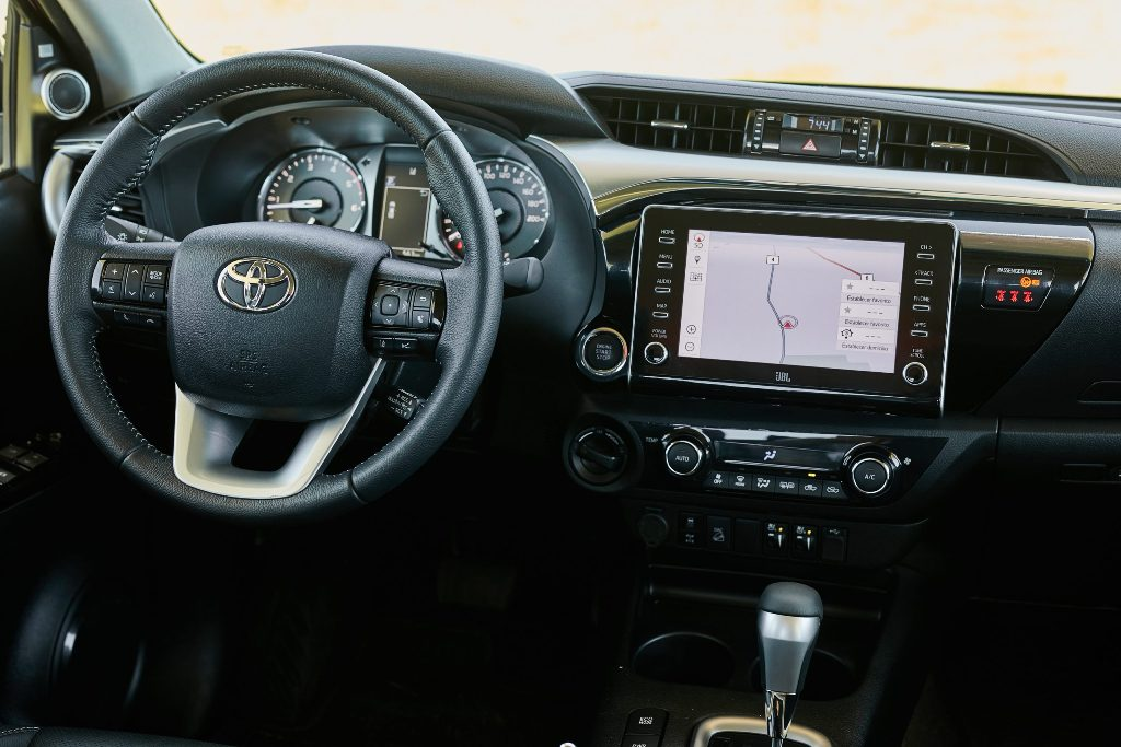 Lançamento: Picape média Toyota Hilux 2021