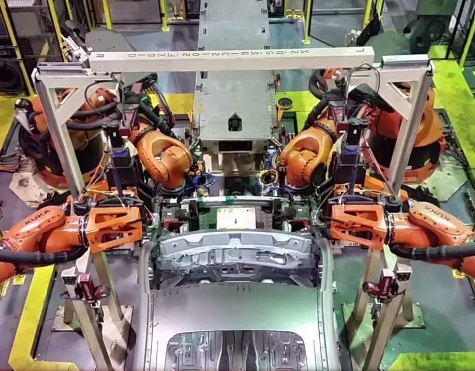 Em novembro a indústria automobilística registra melhor alta do ano