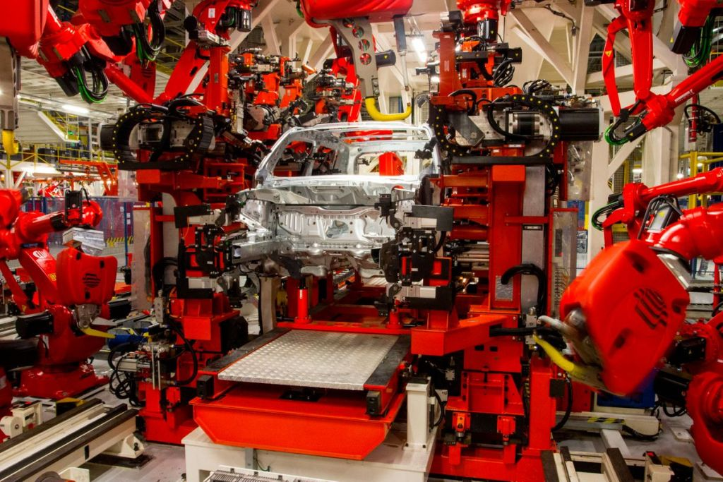 Polo Automotivo Jeep completa seis anos