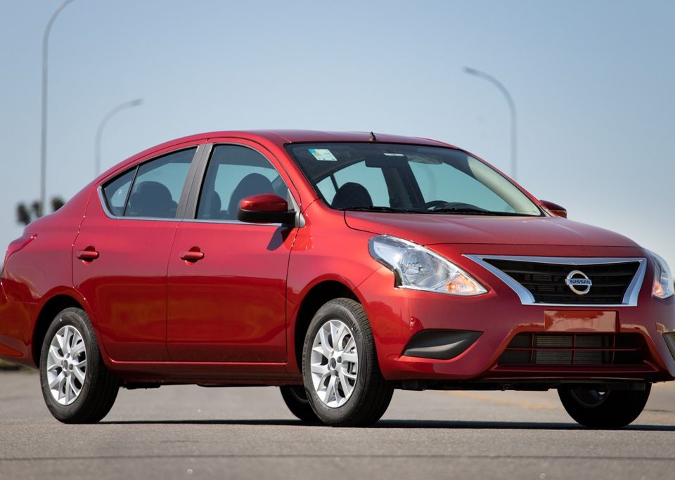 Lançamento: Nissan Versa V-Drive
