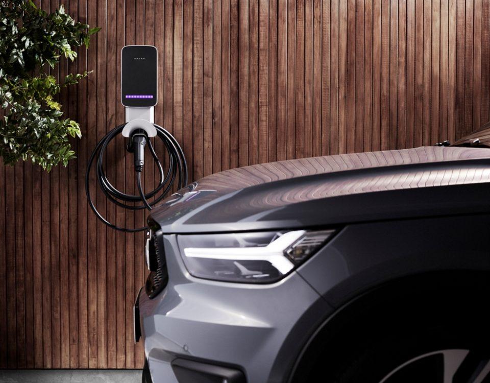 Volvo Car lança Wallbox um carregador doméstico para veículos híbridos e elétricos