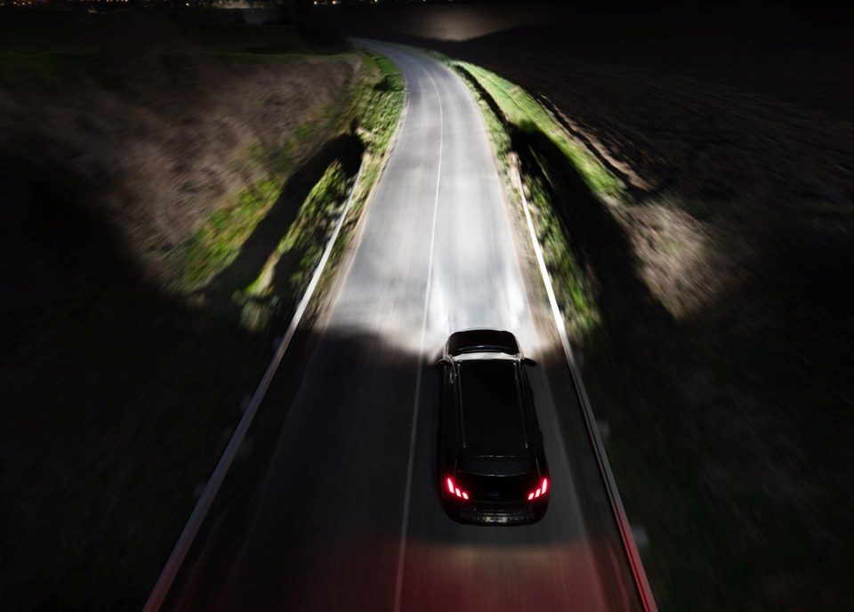 Philips lança nova geração de lâmpadas automotivas halógenas