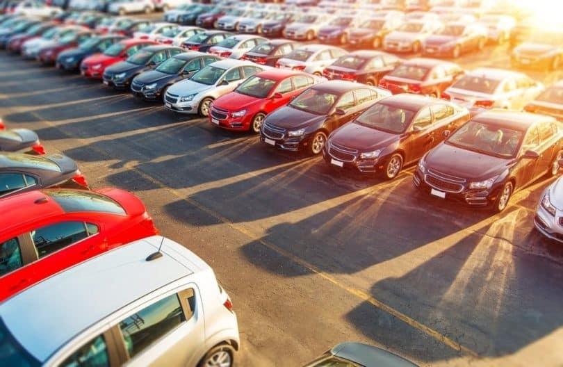 Os carros usados mais procurados e vendidos na Internet