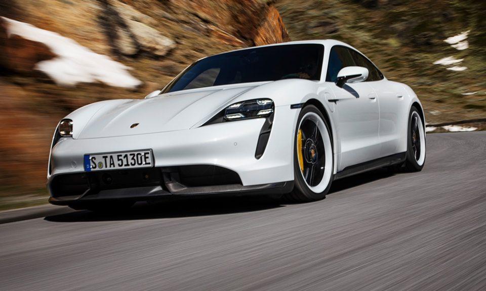 Stuttgart Porsche pronta para receber o esportivo elétrico Taycan