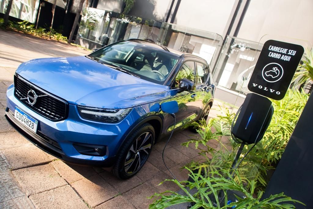 Waze mostra localização dos eletropostos da Volvo Car