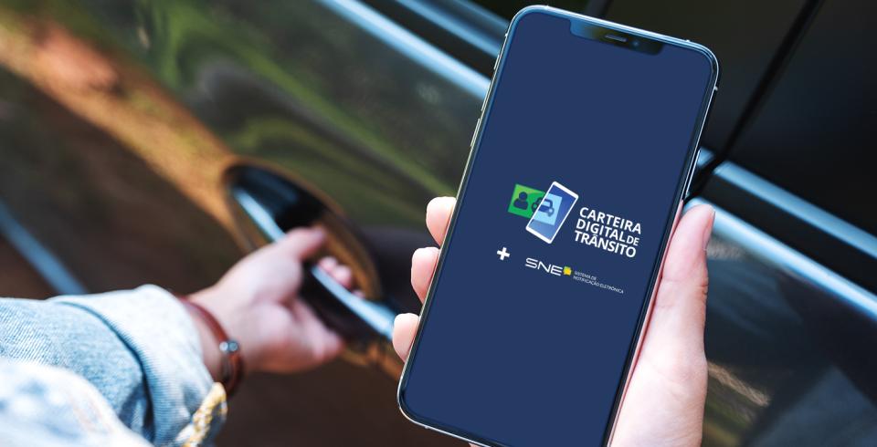 A Carteira Digital de Trânsito permite pagar as multas com até 40% de desconto